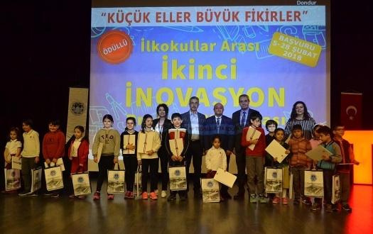 İLKOKULLAR ARASI İNOVASYON PROJELERİ YARIŞMASININ ÖDÜL TÖRENİ YAPILDI (The Award Ceremony of Among Primary Schools Innovation Projects Contest was Held)